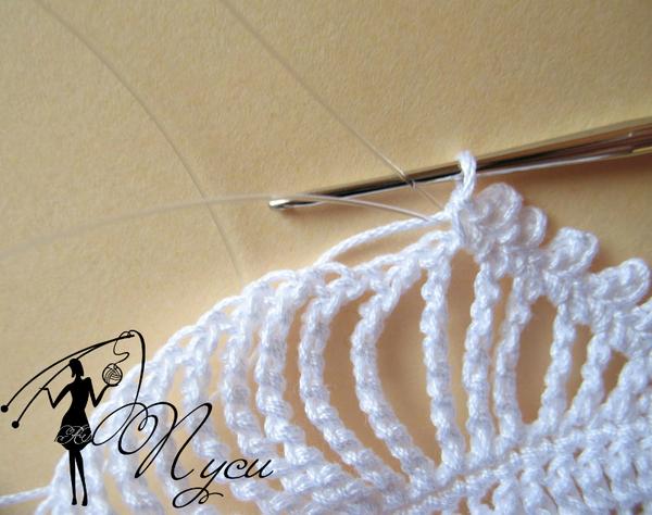 На сайте для женщин xobi.com.ua вы найдете массу уроков по вязанию, схемы узоров.