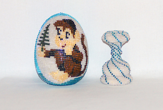 """Яйцо с обезьянкой  """" Мир Бисера.com - бисероплетение, бисер схемы, мастер классы."""