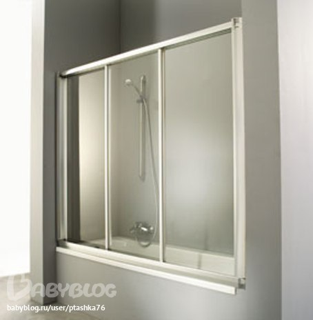 шторки представляют собой одну или несколько алюминиевых рам, в которые вставлено обычное или поликарбонатное стекло...